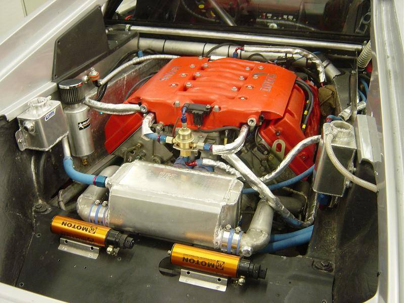 **update** i'm now using the lotus carlton twin chargecooler unit - see  progress section  dutch car chargecoolers